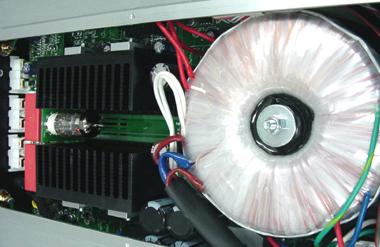 真空管プリメインアンプ イタリア オーディオアナログ PRIMO CENTO VT 内部構造