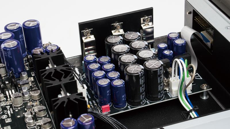 PrimareBD32_capacitor